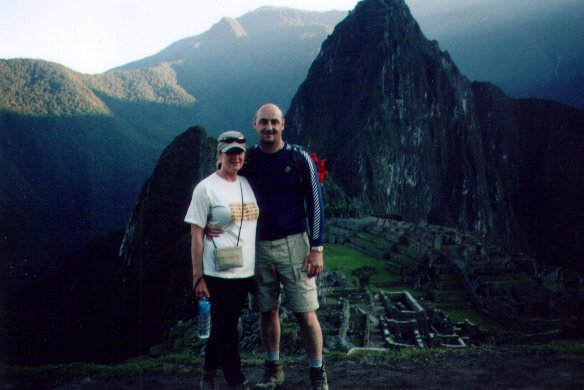 Barry and Debbie at Maachu Pichu